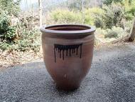 飲み水を入れる壺.jpg(昭和初期から使用していた壺)