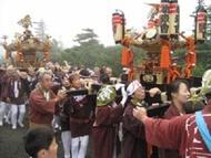 Otkmiko1.jpg(御嶽山中の神輿祭り)