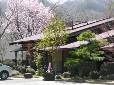 Otakich1.jpg(王滝店の桜)