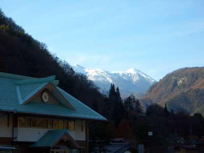 Otkview1.jpg(冠雪の木曽御嶽山)